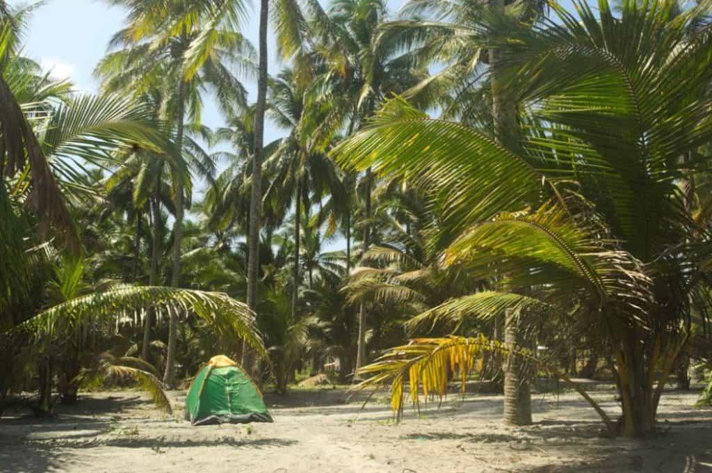 Camping en Isla Portete - Playas para acampar en Ecuador