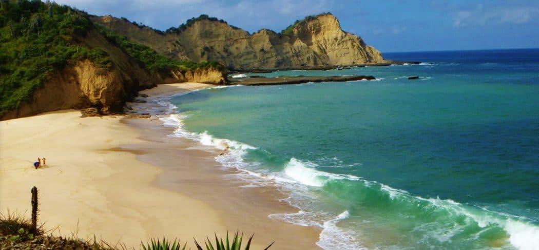 Playa Dorada, Manabí  - Playas Escondidas de Ecuador