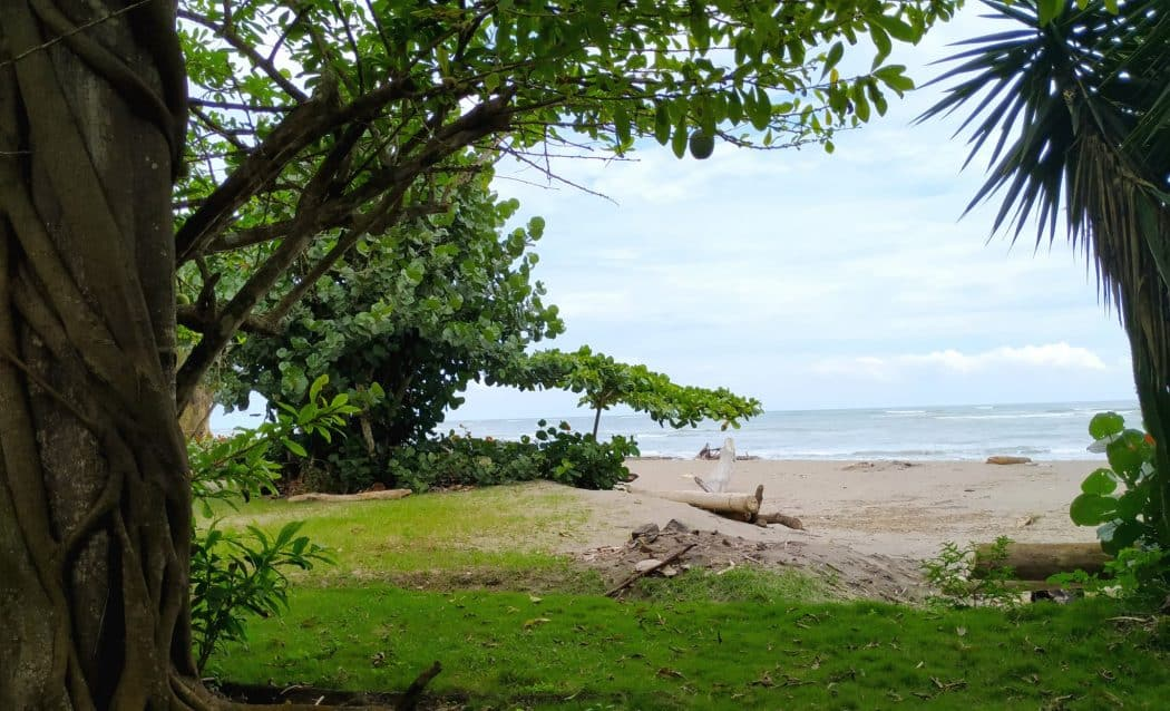 Playa Escondida, Esmeraldas, Ecuador