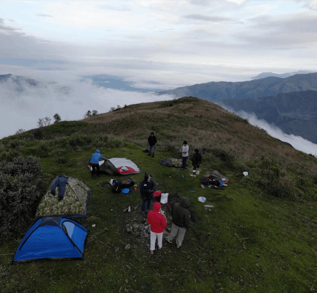 Acampar en la sierra del Ecuador - Cerro Puñay